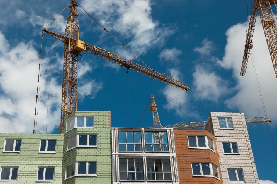 При уравнивании статуса апартаментов и квартир в домах, где в рамках одного проекта строятся квартиры и апартаменты, стоимость апартаментов вырастет на 20–30%