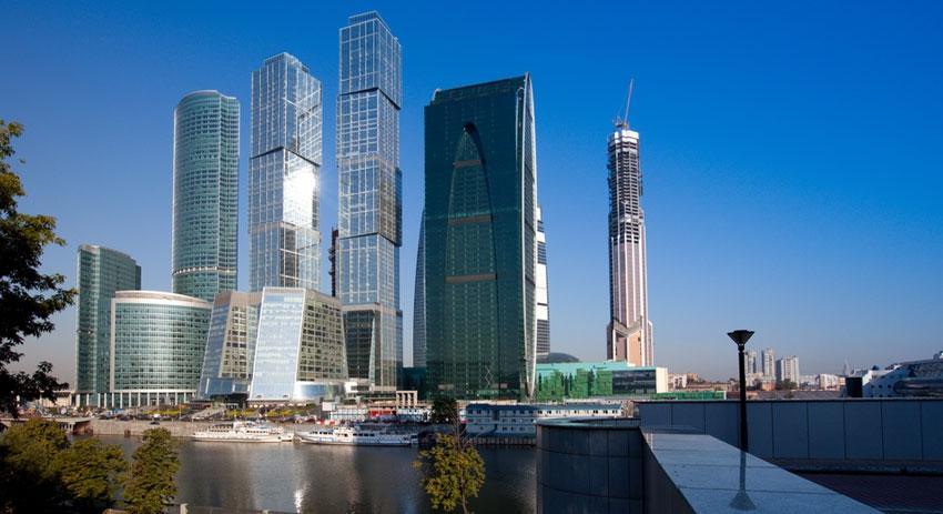 В столице снижаются ставки аренды офисов, однако в Москва-Сити ставки пока держутся на стабильном уровне