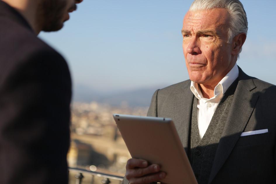 Договор ренты зачастую выбирают одинокие престарелые люди