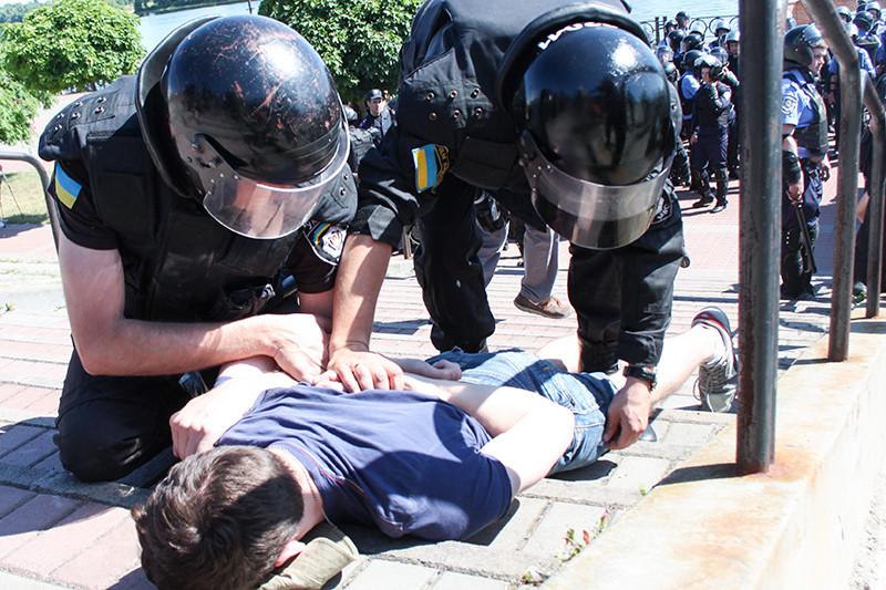 Задержание радикала после нападения научастников парада «Марш равенства»