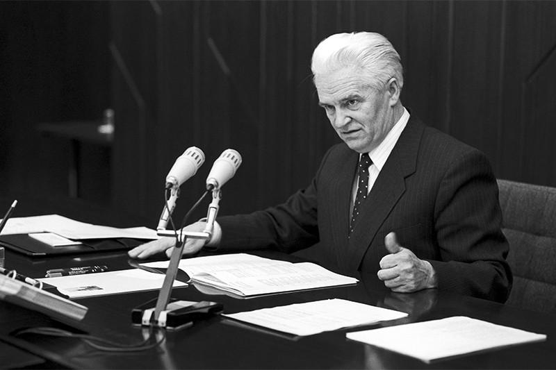 Председатель Межгосударственного экономического комитета Иван Силаев. 1991 год