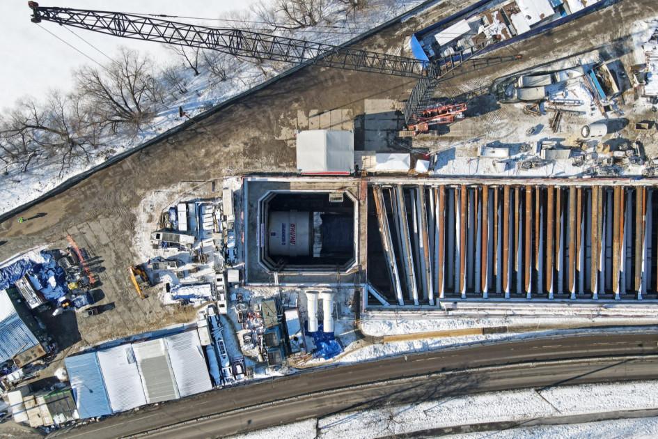 Старт 10-метрового тоннелепроходческого комплекса «Лилия» на БКЛ