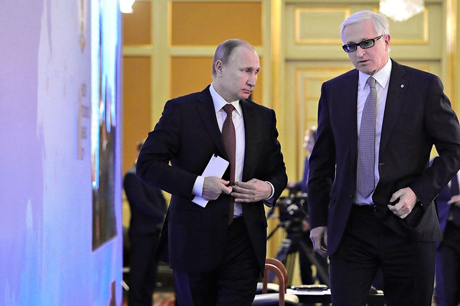 Владимир Путин иАлександр Шохин