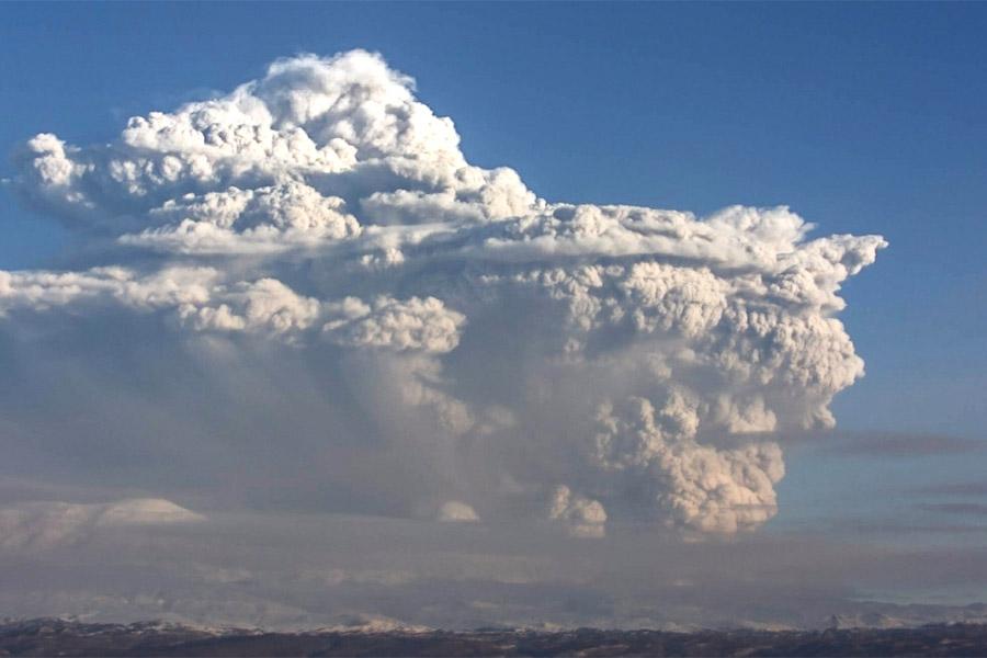 Фото: камчатская группа реагирования на вулканические извержения KVERT.