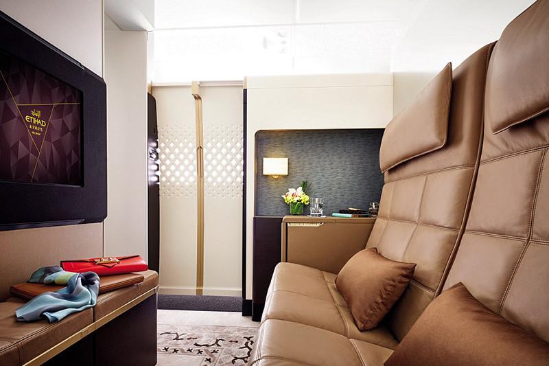 Гостинаяв апартаментах на лайнере А380-800 авиакомпании Etihad