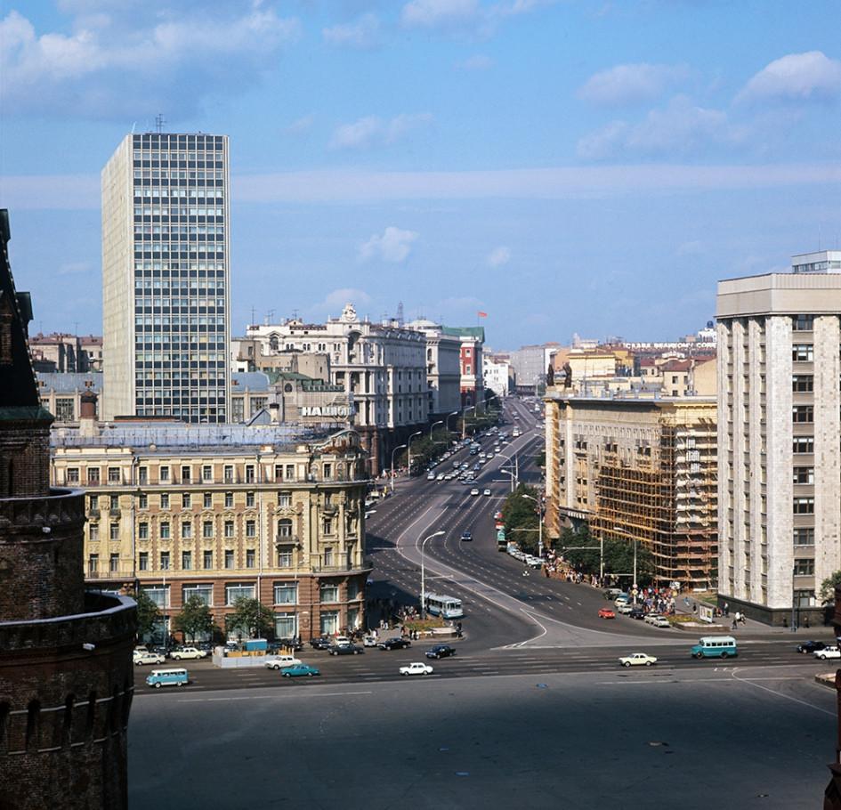Улица Горького в Москве, 1976 год