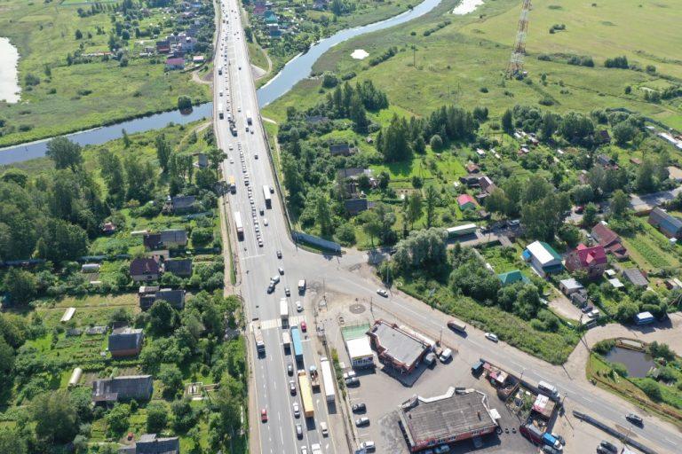 Участок трассы М-10 в Ям-Ижоре (Тосненский район Ленобласти)