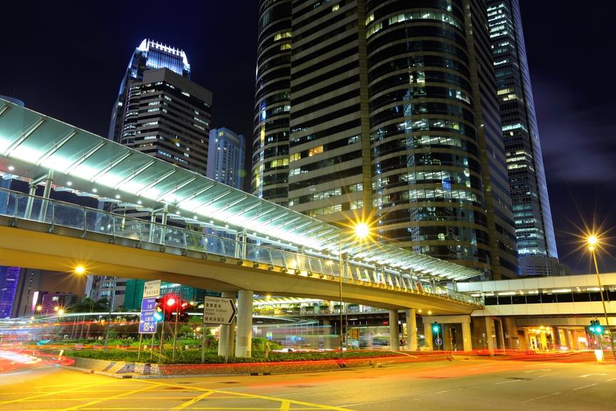 Торговые площадки на пешеходных мостах активно развиваются в Гонконге