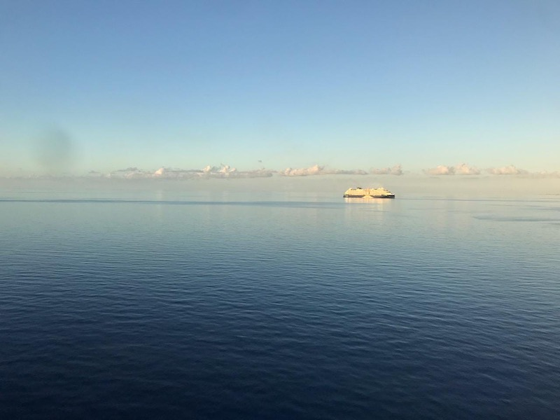 Карантин на Карибах: рассказ очевидца, как пережидают пандемию на корабле
