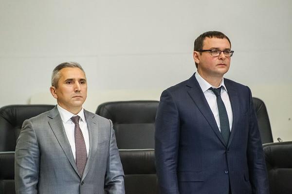 По словам Александра Моора (на фото слева), решение по налоговойставке в 0.3% - инициатива мэрии