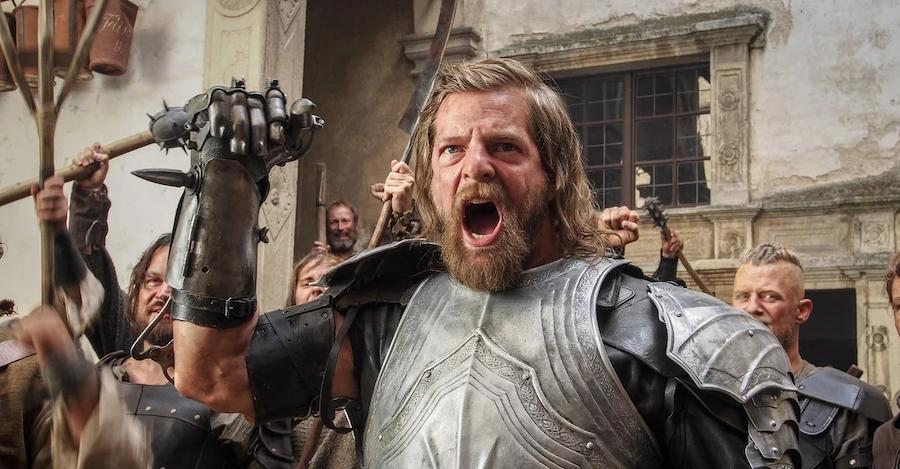 Рыцарь с железной рукой Гёц фон Берлихинген. Кадр из фильма Götz von Berlichingen (2014 год)