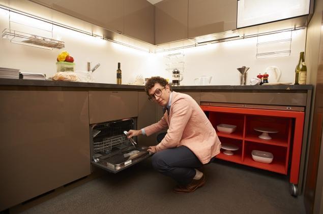 Размеры посудомоечной машины сравнимы с детскими наборами «Юный кулинар»