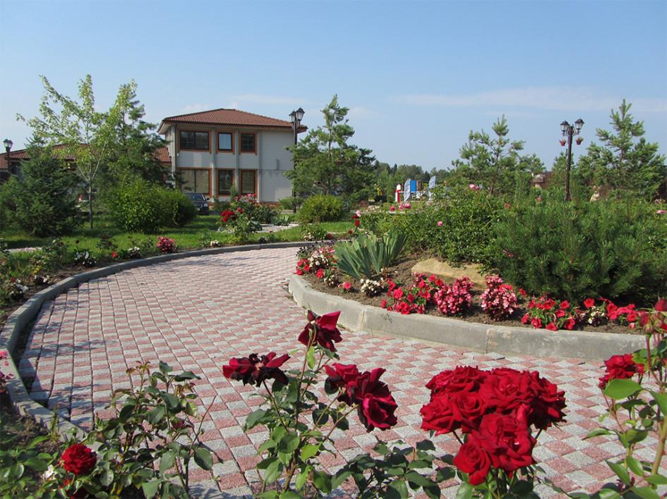 Из 130 га территории поселка «Руза Фэмили Парк» около 60 га приходится на общественные территории для отдыха