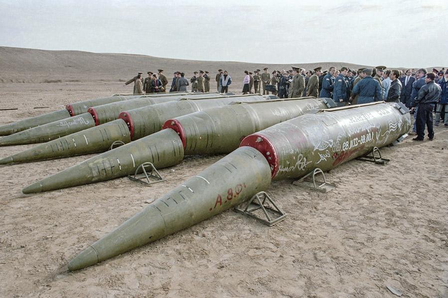 Ликвидация ракет средней и малой дальности,1989 год