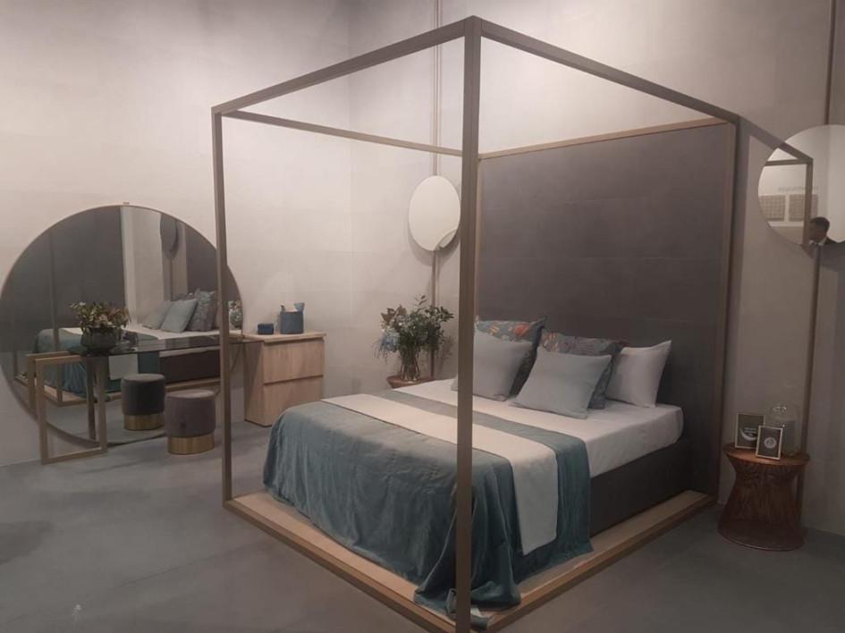 В моду снова возвращаются кровати с балдахином