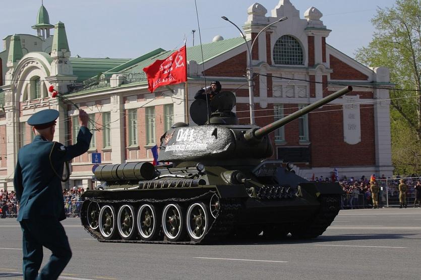 Фоторепортаж: парад Победы в Новосибирске