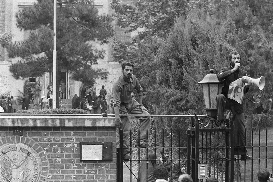 Через несколько минут после штурмапосольства США в Тегеране в 1981 году