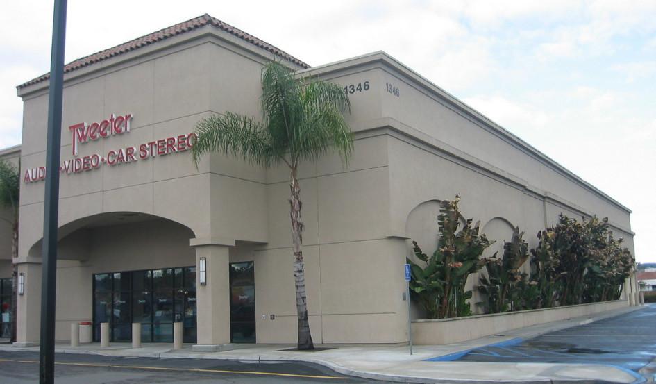 Так выглядел магазин сети Tweeter в Сан-Диего