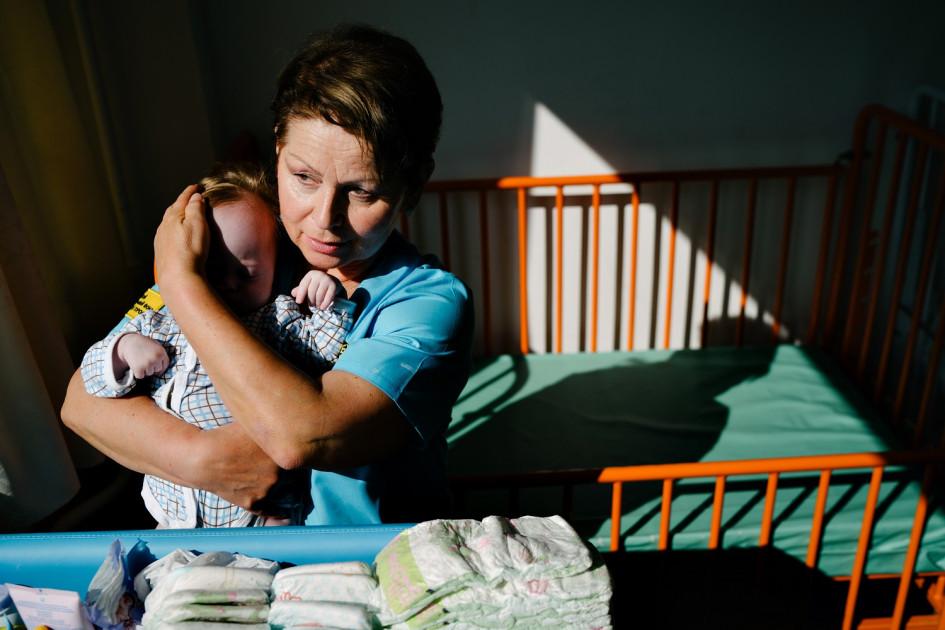 Зинаида Секачева, няня проекта «больничные дети». В год в больницах России находится 12 тысяч «больничных» детей, которое живут в больницах без сопровождения и поддержки взрослого