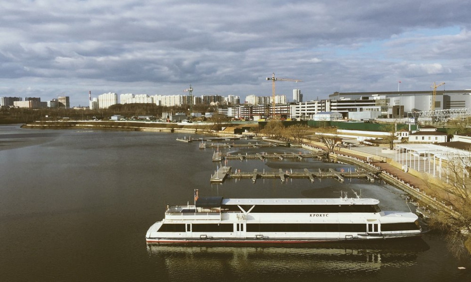 Побережье Москвы-реки в одном из протуберанцев Кунцева