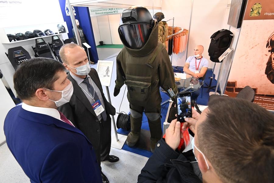 ИВК «Гранат-В» на выставке в Москве, октябрь 2020 года