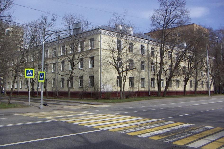 Улица Менжинского, 20, стр. 1