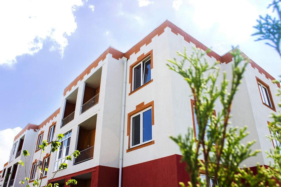 «Италия» — малоэтажный квартал, состоит из небольших трехэтажных многоквартирных домов и просторных коттеджей