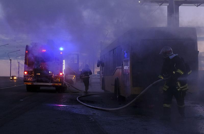 В момент возгорания в салоне не было пассажиров.