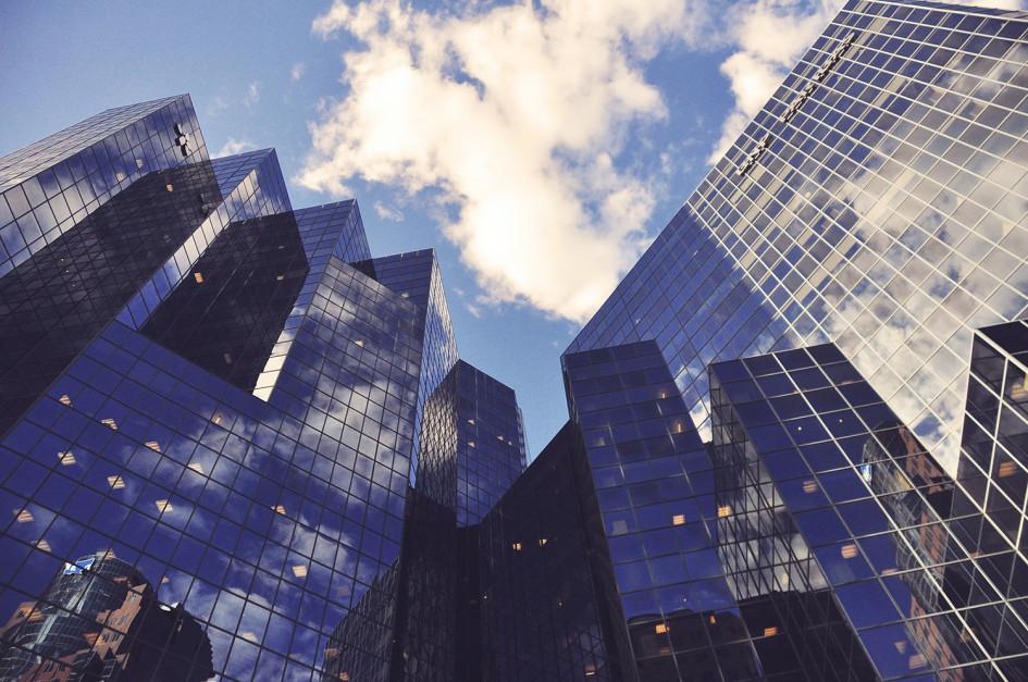 Определять порядок погашения заемщикам самостоятельно разрешают лишь единицы банков.При оформлении ипотеки клиент может выбрать наиболее выгодный график платежей