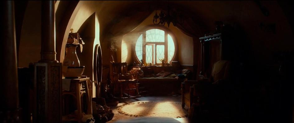Окна в доме Бильбо Бэггинса