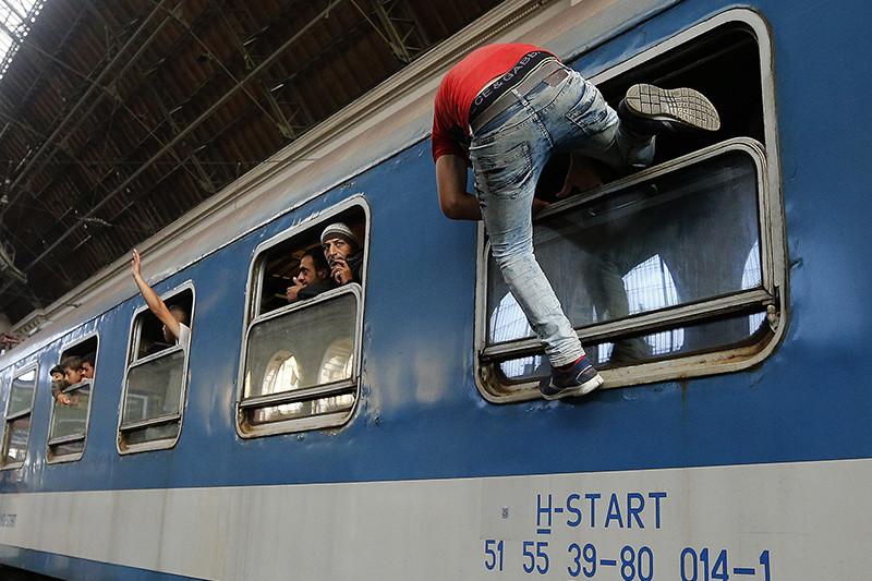 Мигранты на вокзале Келети в Будапеште