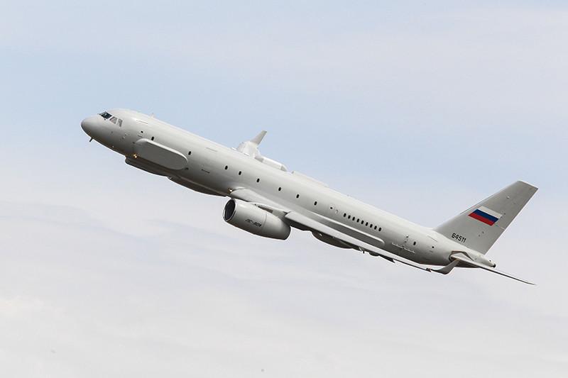 Один из самолетов комплексной радиотехнической и оптической разведки Ту-214Р срегистрационным номеромRA-64511