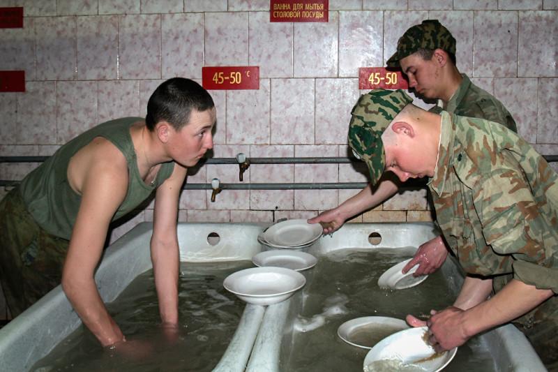 На питание армии могло уходить почти 100 млрд руб. в год.