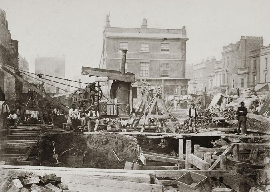 Строительство первой линии Лондонского метрополитена в Пэддингтоне, 1866