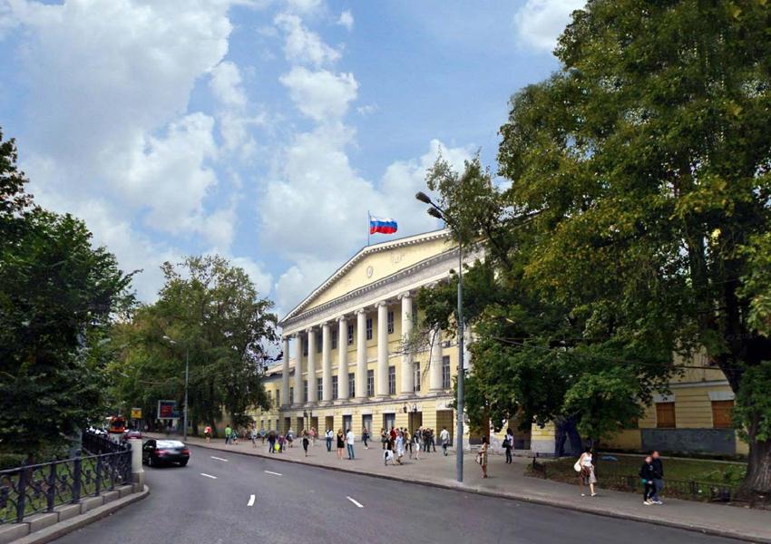 Историческое здание больницы на Страстном бульваре