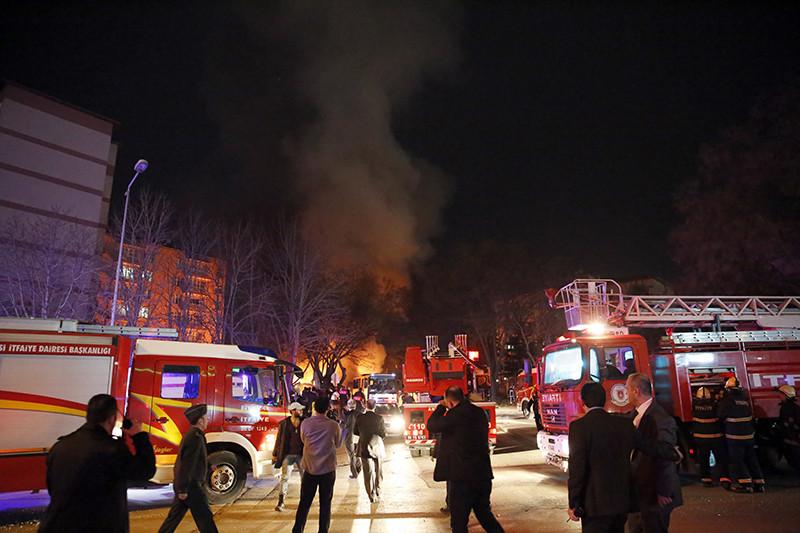 Спецслужбы наместе взрыва
