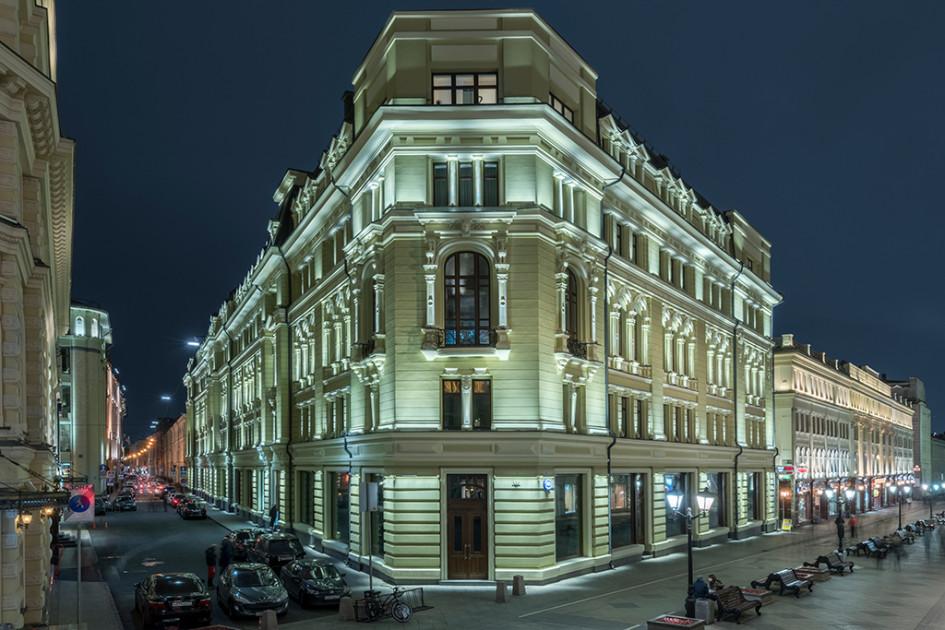 Новый элитный жилой дом на Никольской улице