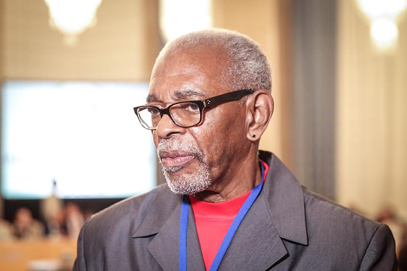 Основатель движения «Ухуру» Омали Йешитела (настоящее имя—Джозеф Уоллер)