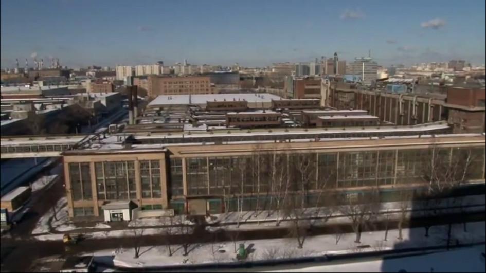 Фото: Большая часть территории завода сейчас никак не используется.