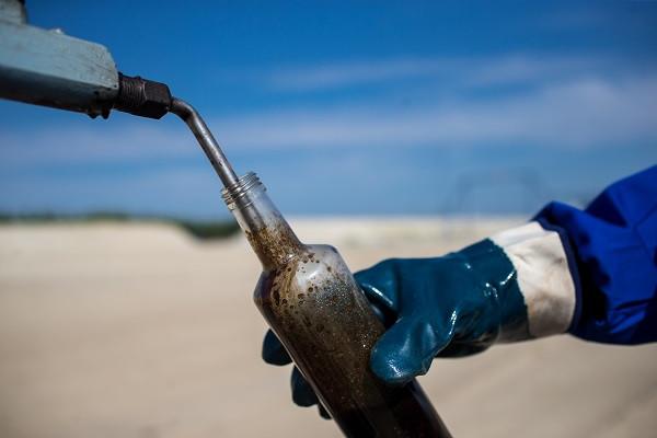 Курс рубля всегда коррелировался с ценой на нефть. Но сейчас происходит иное.