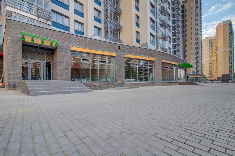 Самые востребованные помещения в стрит-ретейле в новостройках— до 100 кв. м, на первой линии и стоимостью менее 50 млн руб.