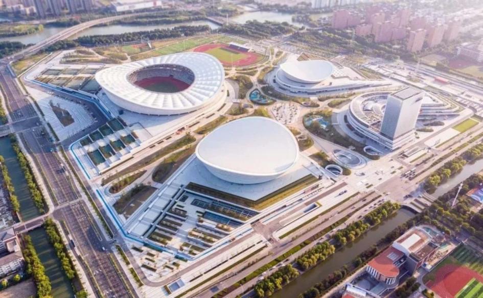 Suzhou Olympic Sports Centre Stadium (Сучжоу, Китай). Вместимость 40 933 зрителя, сроки строительства — 29 сентября 2013г. — 1 сентября 2018г., стоимость строительства — $742 млн.