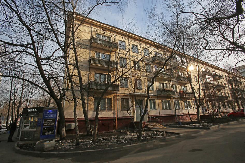 Жилой четырехэтажный дом на улице Гримау в Академическом районе(Москва)