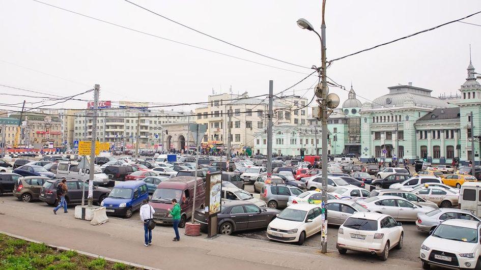 Вид на Белорусский вокзал в 2009–2012 годах