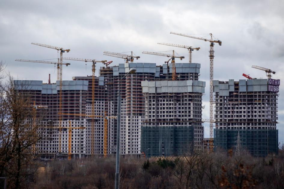 Цены и спрос на новостройки в Москве в 2021 году должны стабилизироваться— бурного роста показателей не будет, считают эксперты