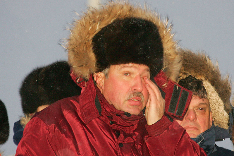 В нефтегазовый бизнес Эдуард Худайнатов пришел в2003 году, возглавив «дочку» «Газпрома» «Севернефтегазпром». Forbes писал, чтоего назначение состоялось попротекции тогдашнего зампреда правления «Газпрома» Александра Рязанова—ранее они вместе работали депутатами Тюменской областной думы. Худайнатов занимался освоением Южно-Русского месторождения, которое должно было стать базовым длягазопровода «Северный поток». В 2007 году месторождение запустили вэксплуатацию