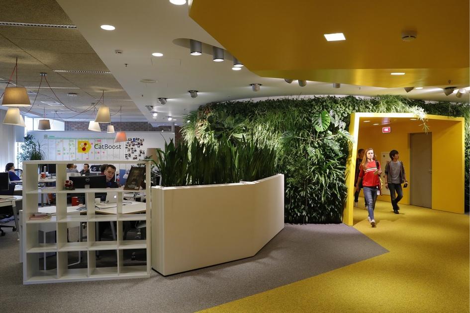 В здании главного офиса компании «Яндекс»
