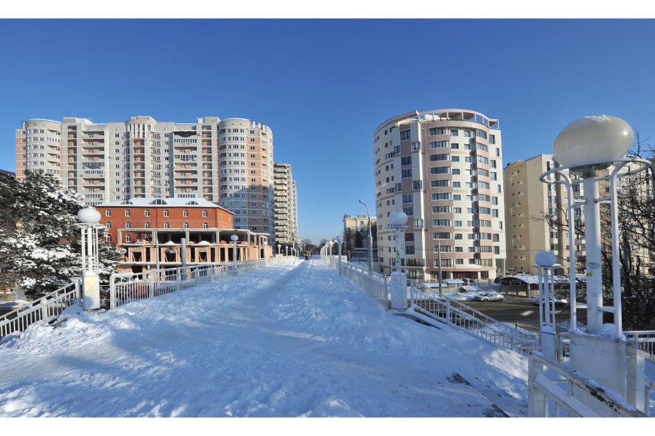 Краснодар. Новостройки на Кубанонабережной улице