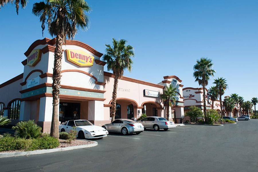 Торговый центр Craig Valley Plaza вЛас-Вегасе