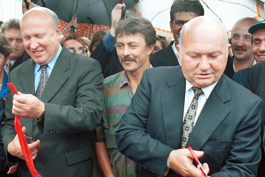Юрий Лужков (справа) и Валерий Шанцев
